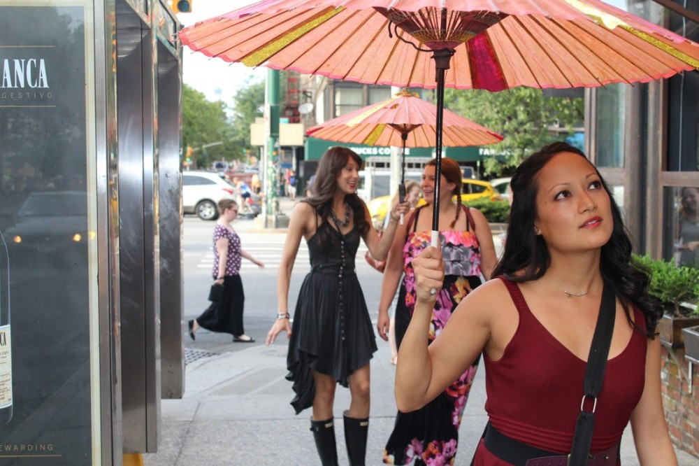 """Kim Rios Lin guides participants through """"Broken City: Lower East Side."""" Photo Credit: Ana Margineanu."""